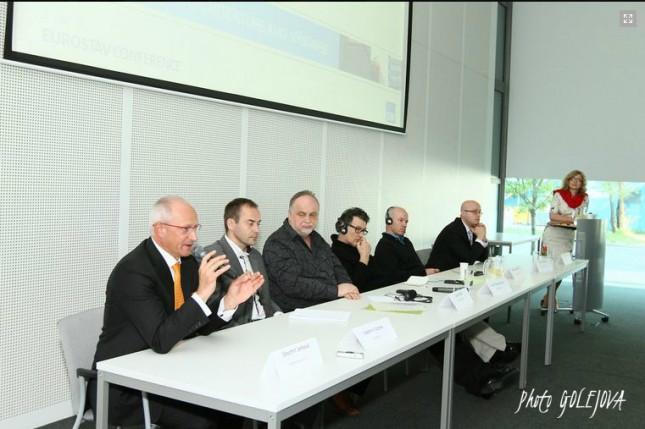 konferencia zaverecna diskusia