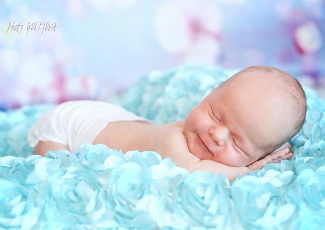 066 Risko foto novorodenec