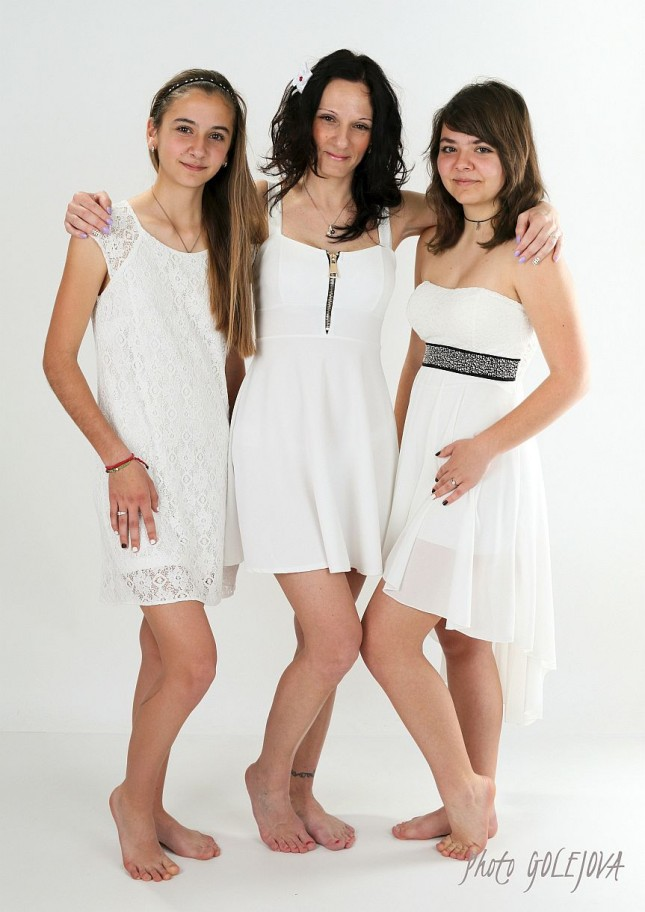 007 matka s dcerami