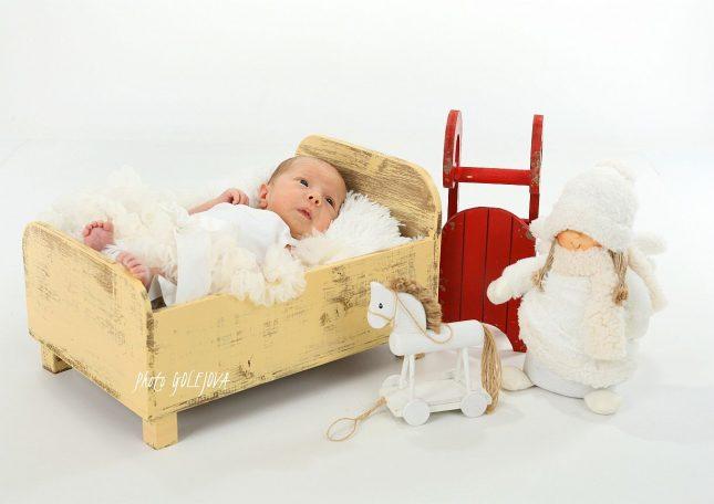 05-novorodenec-vianoce