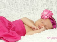 profesionalna fotografia novorodenec
