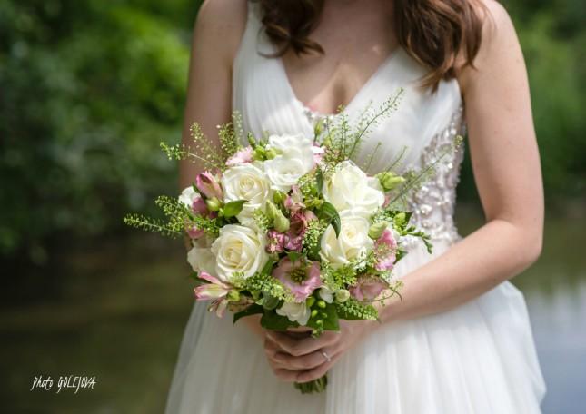 04 svadba kytica ruze