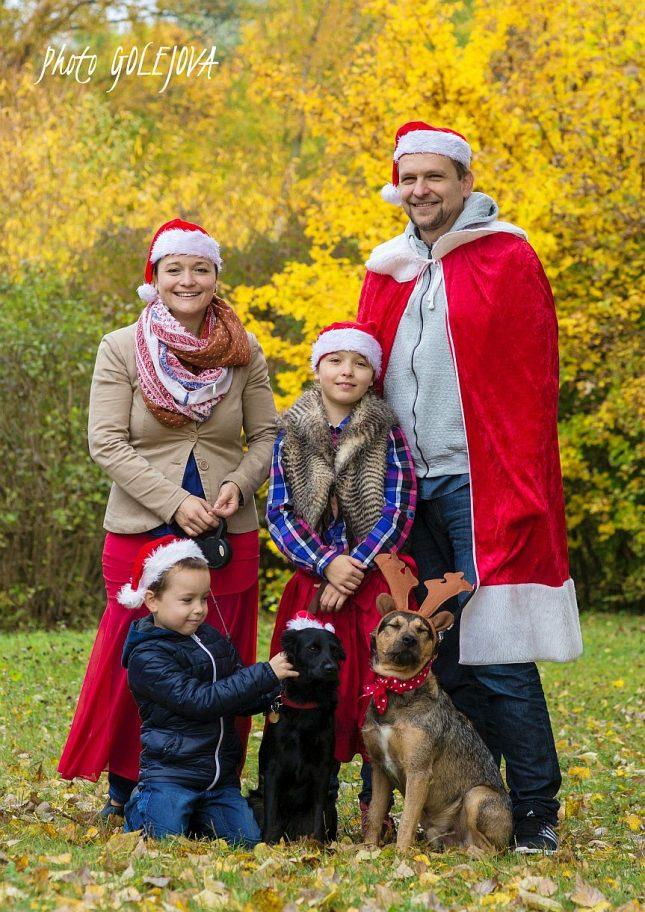 19-vianoce-fotenie-rodiny-na-luke